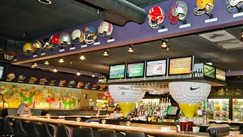 American Greyhound Racing - Max's Sports Restaurant