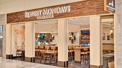 Robert Mondavi at Detroit Airport